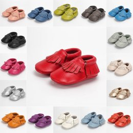 BaBy moccasins genuine leather fringe online shopping - PU Leather Newborn Baby Boy Girl Moccasins Soft Moccs First Walkers Fringe Soft Soled Tassels maccasions Shoes