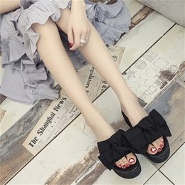 8a41c9c24f5b47 Summer Non Slip Resistant Slippers Big Bowtie Woman Beach Flip Flops Cloth  Cover Thick Bottom Platform Sandals With Multi Size 26zs jj