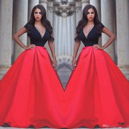 Line Short Dresses Sleeves Red NZ - Fashion Red And Black Evening Dresses Short Sleeves Sexy Deep V Neck Satin Sweep Train Elegant Prom Dresses A Line Arabic Party Gowns