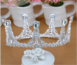 european rhinestone tiara 2021 - European and American luxurious retro cake crown Queen's silver crowned crown bride