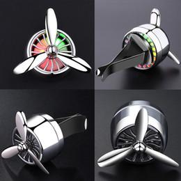 Air Fresher Outlet Propeller Vent Clip Auto Styling Parfüm mit bunten Lichter Auto Zubehör Klimaanlage MINI Fan GGA287 100 STÜCKE
