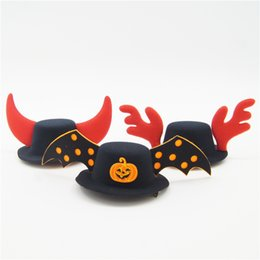 male hair products UK - Halloween Christmas Series Pet Hat Dog and Cat Dedicated COS Dress Up Pet Products Party Dress Up Jewelry Prevents Falling Built-in Hairpin