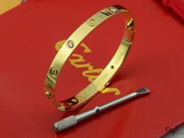 $enCountryForm.capitalKeyWord Australia - 2019 Factory Price High Quality Celebrity Design Diamond Screw Bracelet Fashion Letter Metal Buckle Screws Bracelet With Box