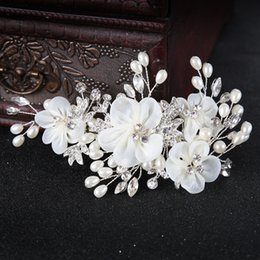 $enCountryForm.capitalKeyWord NZ - Headdress Flower Bridal Wedding Hair Clips for Bride Pearls Crystal Hairpins Bridal Hair Combs Bridal Headpiece Hair Jewelry Accessories