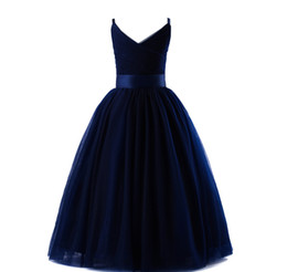 $enCountryForm.capitalKeyWord UK - Spaghetti V Neck Tulle Flower Girl Dresses Navy Blue 2019 New Ball Gown Girls Party Dresses Kids Evening Gowns