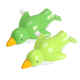 $enCountryForm.capitalKeyWord Australia - 1Pcs Swim Sea Bird Bath Toy Plastic Wind up Sea Bird Bath Diver Toy Swimming Seafowl Baby Kids Children Bathing Toys