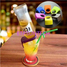 wholesale plastic snaps Canada - Plastic Cocktail Bottle Buckle Beer Snap Bar Drink Clips Bottle Holders Wine Bar Kitchen Tools QW7913