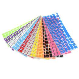 Vente en gros Couverture de peau de clavier de 9 couleurs pour Macbook Pro Air Mac Retina 13.3 autocollants de clavier souples Étiquettes de film pour