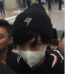 $enCountryForm.capitalKeyWord Canada - Wholesale-KPOP GOT7 BTS Bangtan Boys Same Style Fan Made Hip Hop Black Knitted Hat Warm Beanies Cap