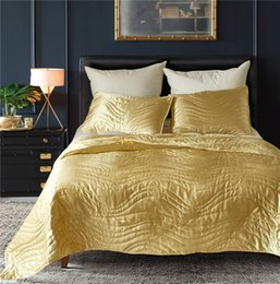 Luxury microfiber online shopping - Luxury Colors US Size Wave Pattern Artificial Silk Household Bedding Sets Bed Sheets Queen Bedding Sets King Size Comforter Set