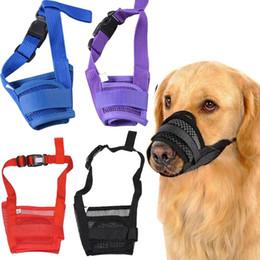 Venta al por mayor de Perro de mascota ajustable máscara Bark perro bozal Anti Stop Bite Barking Masticar máscara de malla pequeña formación envío gratuito