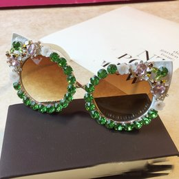sunglasses flower design 2019 - Brand Design Handmade Rhinestone Cat Eye Sunglasses Fashion Glasses Women Flower with Pearl Round Vintage Sunglasses Bea