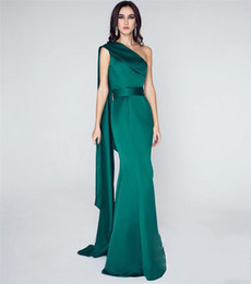 $enCountryForm.capitalKeyWord UK - Sexy Emerald Green Mermaid Evening Dresses 2020 One Shoulder Plus Size High Split Celebrity Formal Dresses Evening Wear Prom Party Gowns