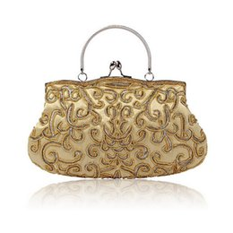 New Design Navy Blue Chinese Women Beaded Wedding Evening Bag Clutch handbag  Stylish Bride Party Purse Makeup Bag 3dfd1c860e07