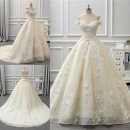 vintage handmade beads 2019 - Gorgeous Lace Ball Gown Wedding Dresses Beads Handmade Flowers Off The Shoulder Wedding Gowns Sweep Train Beach Bridal D