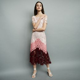 613c4cc56d3 2018 French Print Blumendruck kurzen Ärmeln Scoop Neck Lace Lady Gürtel  einteilige Kleider Frauen Kleid MBL7814 M Sommer Herbst