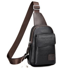 China Men's Fashion Retro PU Foot Leisure Travel Bag Shoulder Messenger Bag Waterproof Wear Chest Harness Chest Pocket suppliers