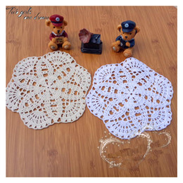 $enCountryForm.capitalKeyWord NZ - Wholesale Retro Handmade Crochet Round Flower Doilies American Household Table Placemats 19cm Shooting Props Coaster Wedding Gift 20pcs lot