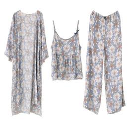 Pyjamas Women Autumn Winter Long Bath Robe Three-piece Daisies Floral Robe  Cotton Adult Sleepwear Loose Pajama Set Plus Size D18110502 ff7b62ddf