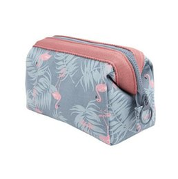 Animal Travel Pillows UK - New Arrive Flamingo Cosmetic Bag Women Necessaire Make Up Bag Travel Waterproof Portable Makeup Bag Toiletry Kits