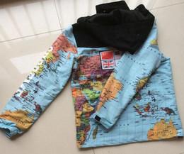 Mosaic eMbroidery online shopping - 2017 new fashion clothing Flag mosaic military world Map Jacket Reflective jackets coats Male Windbreaker Coat Hooded embroidery outerw
