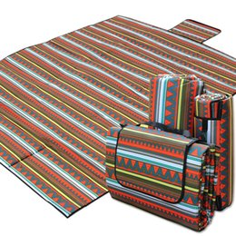 Wholesale 220x210 outdoor mat for camping hiking stripe beach mats waterproof lightweight large sleeping pads plaid blanket