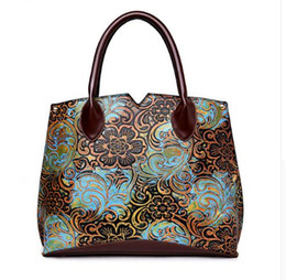 WITFLASH Vintage Floral Pattern Luxury Handbags High Quality PU Leather  Ladies Hand Bags Woman Bag 2018 571b064e32331