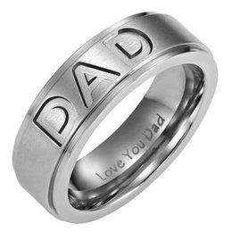adfed3fd22c0 Joyería de moda Regalo del día del padre Grabado Te amo Papá Anillo de  acero de titanio inoxidable banda del padre Los mejores regalos únicos para  el padre ...