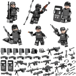 $enCountryForm.capitalKeyWord NZ - Mini SWAT Special Forces Tactics Assault Commando Policeman Toy Figure MOC Police Building Block Toy For Children