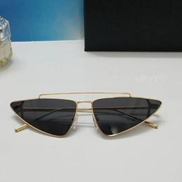 Discount designer tops for summer - Luxury 63 Sunglasses For Women Brand Cat Eye Shape Retro Vintage Summer Style Women Brand Designer Full Frame Top Qualit