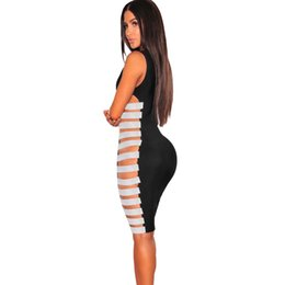 $enCountryForm.capitalKeyWord UK - Summer new fashion women's sequins stretch hollow solid color dress sexy sleeveless stitching round neck Slim nightclub dress