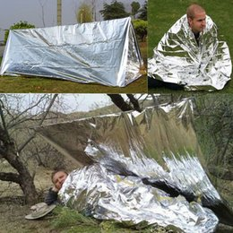 Discount living tents - Outdoor Silver Foil Tents Wind Proof Shelters Oversize Insulation Living Blanket Sleeping Emergency Anti Heat Tents GGA6