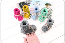 Ingrosso Autunno Infant Toddler Crochet Prewalker Stivali Neonata Ragazza Bowknot Inverno Caldo primi camminatori Soft Sole Boy Shoes Carino 0-24 M