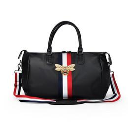 Brand Travel Bags WaterProof Large Capacity Hand Luggage Traveling Bee Bag  Fashion Women Weekend Travel Duffle Bag Handbags 2018 d926735b1ca33