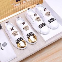 b621e670eda бренд корова кожа мужчины мокасины вождения лодка обувь Мода мужские  мокасины Chaussure Homme мягкой подошвой мужчины кожа повседневная квартиры  обувь ...