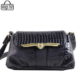 064181f3e082 Luxury Alligator Women Messenger Bags Fashion Women Handbag Good Quality  Female Tote Lady Clutches Bags Bolsa Feminina C0054 l