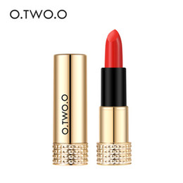 $enCountryForm.capitalKeyWord Australia - O.TWO.O Beauty Makeup Winter New 12 Colors Lipstick Matte Long Lasting Waterproof Lip Gloss Cosmetics Lip Make Up Gold Tube Series N9109