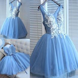 8de2949c3 Luz azul cielo vestidos cortos de baile Sexy apliques de encaje con cuello  en V longitud de la rodilla vestidos de cóctel vestido de fiesta de regreso  a ...