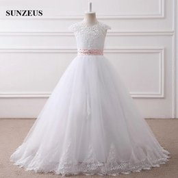 $enCountryForm.capitalKeyWord Australia - A-line Appliques Neckline Cap Sleeve Long Ivory Flower Girl Dresses Custom-made Puffy Tulle Kids Wedding Party Gowns With Pink Dash Children