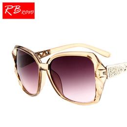 RBROVO 2018 Large Frame Sunglasses Women Brand Designer Vintage Gradient Shopping  Glasses UV400 Travel Oculos De Sol Feminino 1869a28d3d