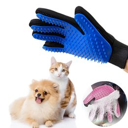 $enCountryForm.capitalKeyWord UK - Pet Dog Hair Brush Comb Glove For Pet Cleaning Massage Glove For Animal Cleaning Cat Hair Glove Pet Grooming Supply two piece