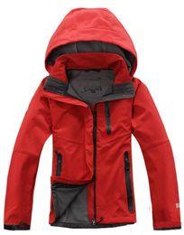 2019 North Summer New Brand hombres mujer secado rápido al aire libre  deportes ocasionales chaquetas impermeables abrigos cara rompevientos negro  rojo 095df80bb8e