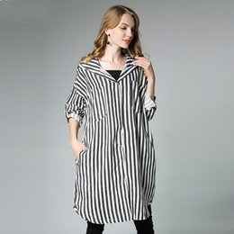 Discount striped shirts for women - 2018 New Women Maternity Clothes Pregnancy T Shirt Europe And America For Age 25-35 Black Striped Hooded Maternity Shirt