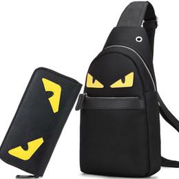 Male canvas bags online shopping - Hot Men Bags Casual Travel Bolas Masculina Male Messenger Bag Nylon Canvas Waist Crossbody Shoulder Bag High Quality