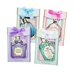 $enCountryForm.capitalKeyWord UK - 48Pcs lot Romantic Perfume Bottle Postcard Heteromorphism Greeting Card Christmas Card Birthday Card Valentine's Day Gift Cards