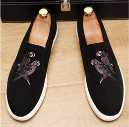 $enCountryForm.capitalKeyWord NZ - 2018 New style Luxury Fashion men canvas embroidery Loafers Smoking Flats Handmade Dress Shoes Party and Wedding Casual Shoes BMM92