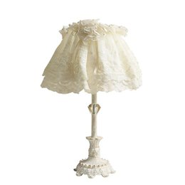 China OOVOV Cute Baby Room Table Lamps White Girl Room Princess Room Bedroom Bedsides Resin Desk Light suppliers