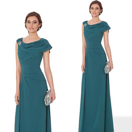 d880f3be50b 2018 Elegant Mother Of The Bride Dresses Pleated Chiffon Crystal Brooch  Floor Length Green Burgundy Purple Mother Of The Groom Dresses