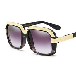4fa48ab314 2018 gafas de sol cuadradas de gran tamaño vintage mujeres hombres retro  marca grande diseñador marco rectangular moderno chic gafas de sol