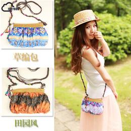 $enCountryForm.capitalKeyWord Canada - ISKYBOB Bohemia Style Women Messenger Bag Straw Weave Bag Summer Style Flower Printing Crossbody Shoulder Purse